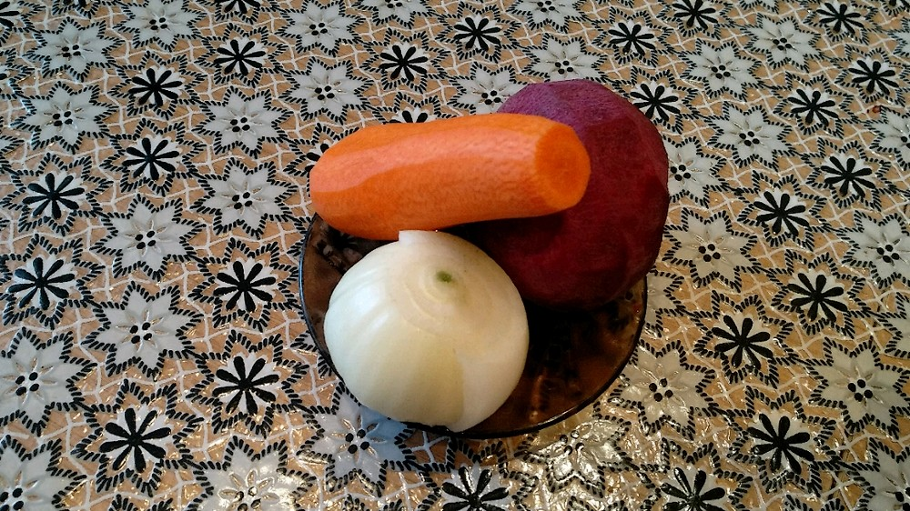 Буряк, морковь, лук